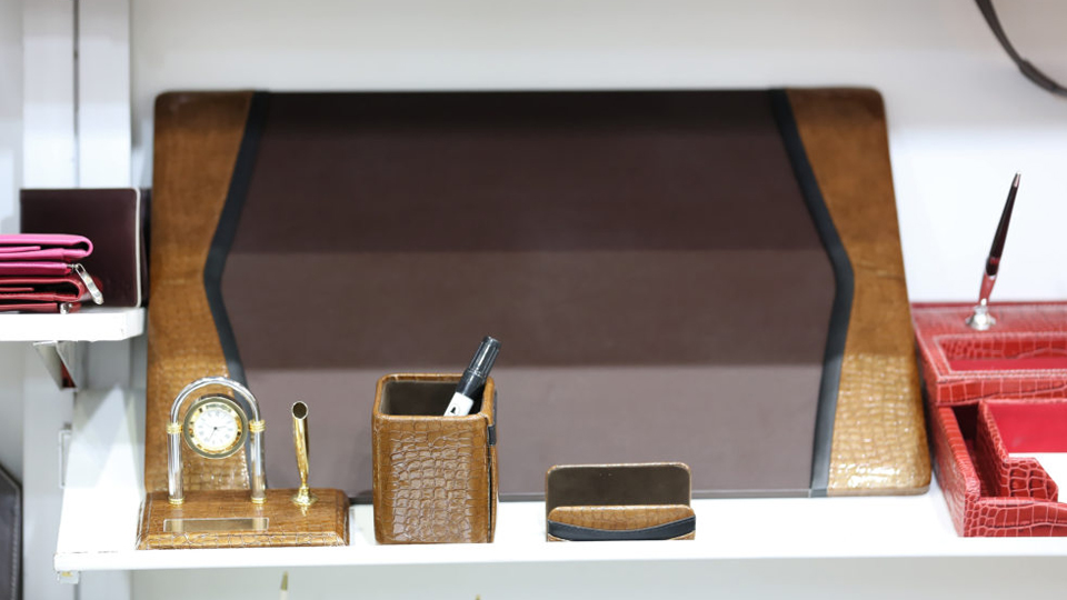 Paperworld Middle East - Leather Gifts & Stationery